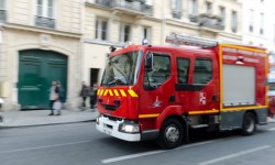 Un bâtiment de l'entreprise Femil prend feu