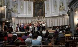 Banda et trombones place St-Pierre et à St-Pierre des Cuisines