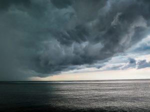 La tempête Eleanor cause de nombreux dégâts dr