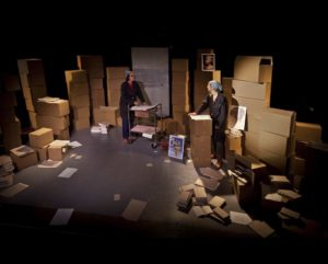 """Le spectacle """"Debout sous l'orage"""" par la Compagnie Fabulax"""