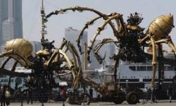 Le Minotaure de La Machine dans les rues de Toulouse en novembre