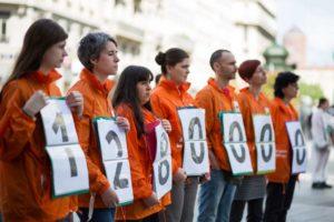 """un """"compteur humain"""" pour compter le nombre d'animaux tués à chaque instant pour la consommation Photo Yannis Seferoglou cdr"""