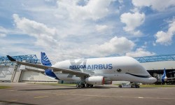 Le premier vol du Beluga XL d'Airbus a eu lieu aujourd'hui
