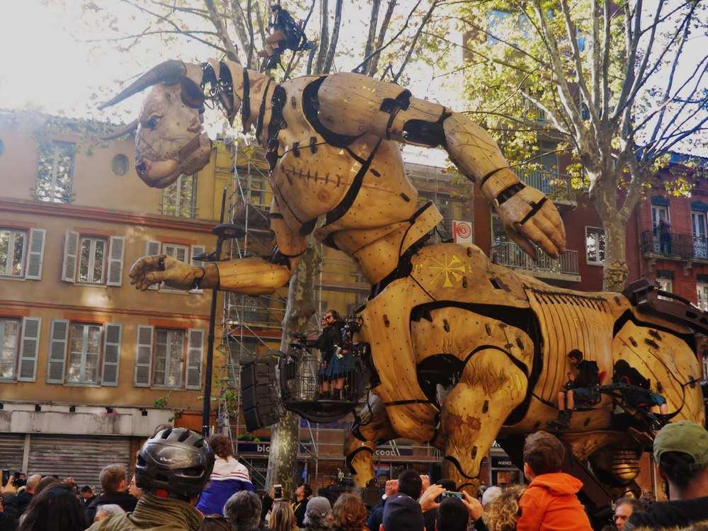 Toulouse. Premier coup de chaud pour le Minotaure Photo : Sylvie Duminil Toulouse Infos