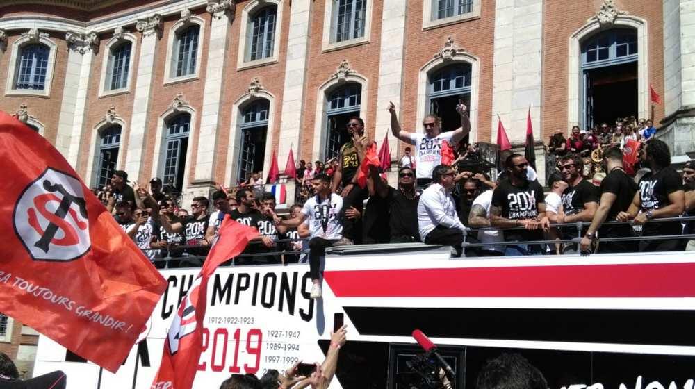 Toulouse. Le Stade Toulousain fête son 20e bouclier au Capitole Photo : Toulouse Infos