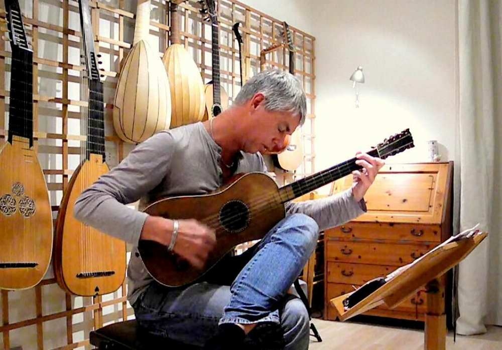 Rolf Lislevand au festival Toulouse Guitare cdr