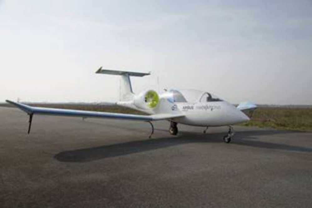Toulouse. L'avion du futur au musée Aeroscopia cairbus