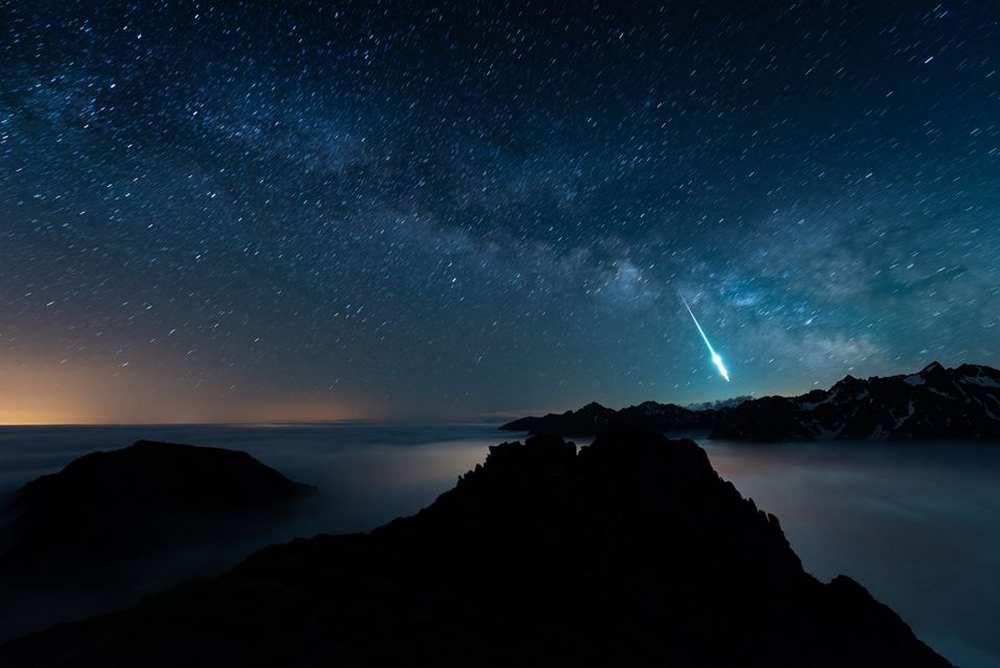 Pyrénées. Un photographe immortalise un météore au dessus du Tourmalet Photo : Eric Castaings cdr